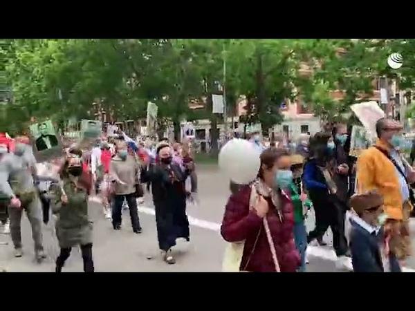 Шествие Бессмертного полка в Мадриде