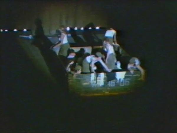 А зори здесь тихие часть 1 Театр на Таганке