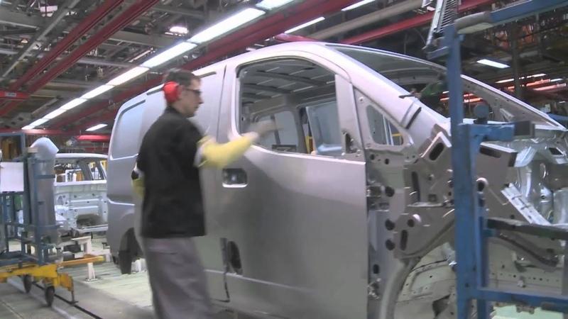 Nissan e-NV200EРA3-ElectricBarcelona Production line at Barcelona plant | AutoMotoTV Deutsch