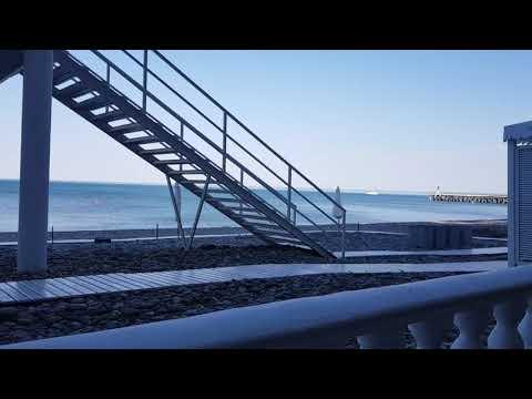 Море и солнце в 6 45 утра Лазаревское Сочи t 20°C пляжи Калипсо и Лазурный 14 мая 2021