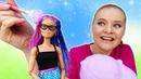 Играем в куклы и салон красоты. Цветные волосы Барби - прическа для свидания. Видео для девочек
