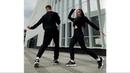Пара очень круто танцует Шафл!