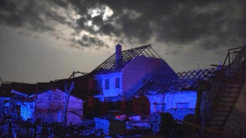 Торнадо в Чехии By Euronews