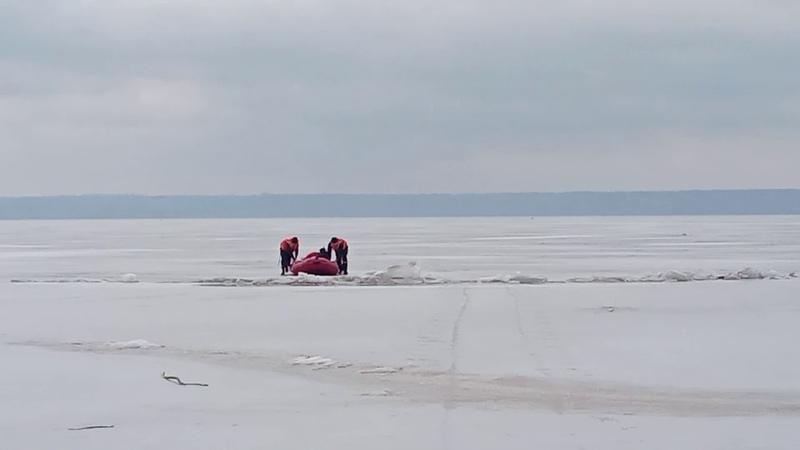Дніпропетровська область співробітники Служби порятунку «101» вкотре врятували життя рибалки